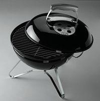 Der Holzkohlegrill Weber Smokey Joe Premium ist ideal für unterwegs