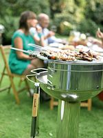 Mit dem Major Inoc von Barbecook den Sommer genießen
