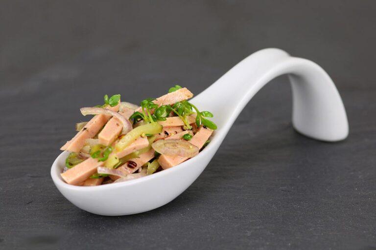Saure Gurken und Fleischsalat – der sächsische Kartoffelsalat